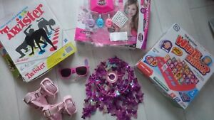 Bundle TOYS GIRL BOY WHATS THEIR NAMES GAME TWISTER ROLLERS CEILING LAMP NAIL