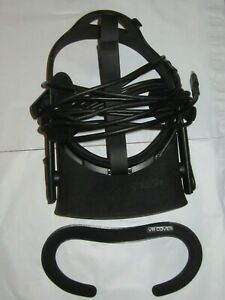 Oculus Rift CV1 Headset with cord and headphones