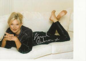 10 x 8 photo  hand signed AMANDA REDMAN   - AFTAL COA  -  undedicated