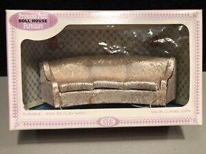 NEW 1965 Ideal Petite Princess Patti Dollhouse Salon Curved Sofa 4468-5