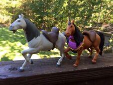 Verworrenen gefroren Film Pferde mit Sattel Maximus Set 2 ideal für Barbie 4.5/9