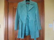 Abrigo con cinturón de ante turquesa tamaño 14 in (approx. 35.56 cm) En Buen Estado