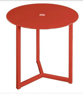 Contemporary Glass Top Metal Table Red Indoor Outdoor New In The Box