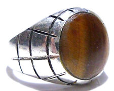 MENS HEAVY THICK STERLING SILVER & TIGERS EYE MEXICO BIKER SHIELD RING SIZE 9.25