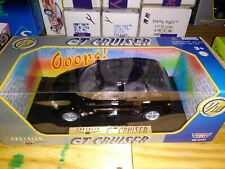 Motor Max 1/18 Scale Chrysler GT Cruiser