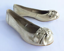 Women's UK Size 5 Atmosphere Gold Pumps Flat Court Shoes (VS107)