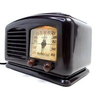 Working Wards Airline VTG Tube Radio Bakelite 1940's Lighted Dial Cracked Case