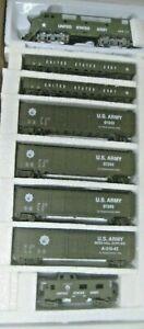 HO MILITARY TRAIN SET F-3 A LOCO AND 7 CARS # RRM-295 GONDOLAS, BOX CARS & CABOO