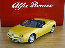 Nice  1/43 Alfa Romeo Spider 1995 Gift Set Solido Tin Box Oulins France