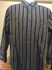 Harley Davidson  Men's Embroidered Button Down shirt 2 front pockets Med