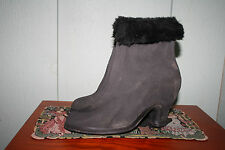 Vintage 40s SHAWMUT Pin Up Rubber Heels Overshoes Rain Snow Boots Fur Cuffs Sz 7