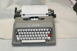 Olivetti Lettera 35l Portable Typewriter