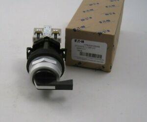 EATON HT8JVH1DAA5 Non-Illuminated Selector Switch - 3 Position - 10A 600V - 2NO