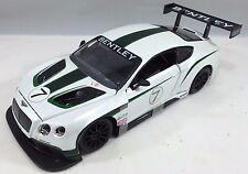 Bburago - 18-28008 - Bentley Continental GT3 - Scale 1:24 - White