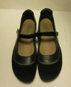NAOT Women's kirei Mary Jane Shoes Black Suede w/Patent Leather Size 42 /US 11M