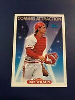 1993 Topps # 813 DAN WILSON ROOKIE Cincinnati Reds Baseball Card Sharp LOOK !