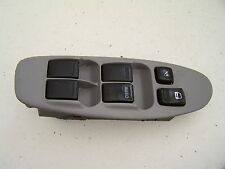 Nissan Almera Tino Front right Window switch  (2000-2005)