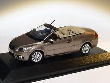 Ford Focus coupé cabriolet au 1/43 de Minichamps