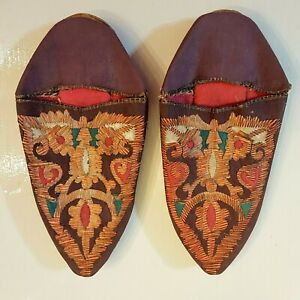 EXOTIC SLIPPERS Moroccan BABOUCHES VTG Bohemian Ladies Small Embroidered Shoes