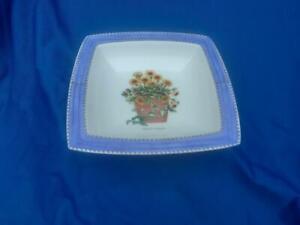 Wedgwood Sarah's Garden Blue Square Dish - Tagetes patula