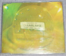Clearlake Don't Let the Cold in - I hang on Every Word You Say CD Single