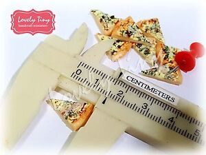 20 pieces of Dollhouse miniature Spinach Pizza Sliced 1.5 cm. x 1 cm.(1/2 inch)
