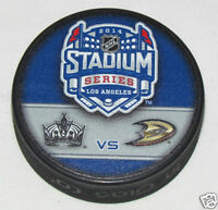 2014 STADIUM SERIES PUCK Duelling Logo Los Angeles Kings vs Anaheim Ducks DODGER