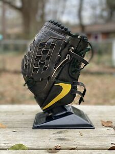 Nike MVP Select University Of Oregon Baseball Glove 12in Team Issued
