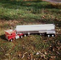 VE17 ORIGINAL KODACHROME 1960s 35MM SLIDE MODEL TRUCK 18 WHEELER CAB TRAILER
