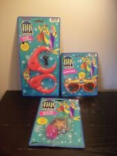 1992 LOT OF 3 HANNA-BARBERA FISH POLICE TOYS CLAW CUFFS,SQUIRT BADGE,SUNGLASSES