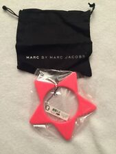 NWT MARC by MARC JACOBS Star Slice Bangle in Fluoro Pink, M/L