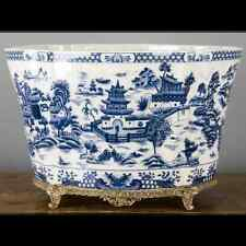 NEW PORCELAIN AND BRONZE ORMOLU BLUE WILLOW PLANTER jardiniere