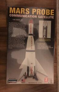 Lindberg Mars Probe Communication Satellite 1:200 Scale Model Kit 91003