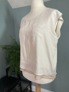 Oasis 16 - Classic Off-White Coloured Boxy Top Cream Sparkly Gold Trim Detail