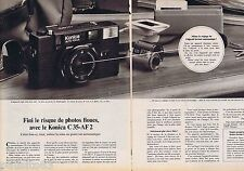 PUBLICITE ADVERTISING 095 1981 Konica C35-AF2 appareil photo (2 pages)