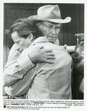 PETER STRAUSS CHARLTON HESTON HUG PORTRAIT PROUD MEN ORIGINAL 1987 ABC TV PHOTO