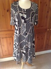 GREAT LA MAISON DE JERSEY SHORT SLEEVE BLACK/WHITE/BEIGE DRESS UK SIZE 12 WORN