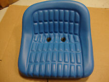 NEW 2000 2600 2610 3000 3600 3610 4000 5000 6600 FORD TRACTOR SEAT BLUE VINYL