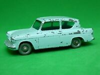 Matchbox Lesney No.7b Ford Anglia (SILVER PLASTIC WHEELS)
