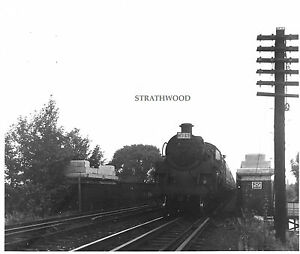 CLASS 4MT 75040 Strand on the Green Chiswick in 6.59 BRITISH RAILWAY Photograph