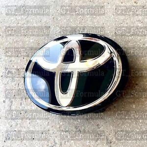 TOYOTA COROLLA 16-19 Emblem RAV4 15-18 AVALON 15-18 C-HR 17-19 Front Grille Logo