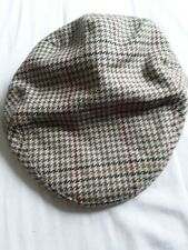 Yorkshire hand tailored wool tweed flat cap Houndstooth Beige/Green BRITISH MADE