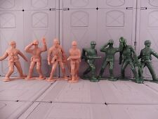 LARGE SCALE ARMY MEN SET GREEN VS TAN!  military combat soldier plastic toy