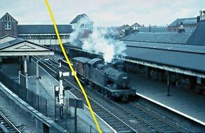 56xx CLASS 6665 at Wolverhampton Low Level c1963 Railway Slide GM64