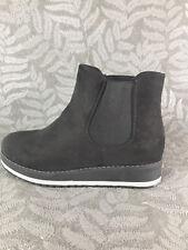 Damen Chelsea Ankle Boots Stiefel Stiefeletten Plateau leicht gefüttert BH93 neu