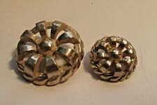 Mother/Daughter White Metal Pierced Buttons  (1050)