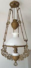 schöne Hänge Petroleumlampe um 1890 - Weißes Glas mit weißem Opalin Glasschirm