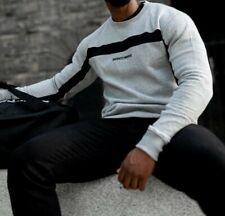 Jersey de cuello redondo para hombre gris muscular Infinity Negro raya gimnasio estilo de vida Tamaño Mediano