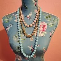 Vintage Plastic Floral Necklace. Rose Flower Beaded. Mid Century 1950s.