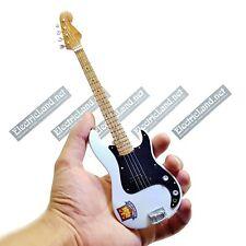 Mini Guitar scale 1:4 Steve Harris IRON MAIDEN bass miniature gadget collectible